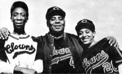 """<p>Left to right: Indianapolis Clowns stars King Tut, manager Oscar<br /> Charleston and Connie Morgan.</p> <p>""""><figcaption class="""