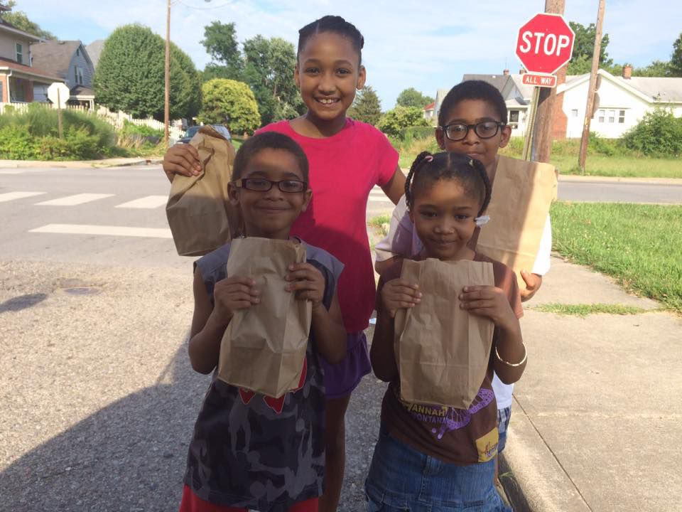 "<p></noscript>Neighborhood kids descend upon the Townsends', founders of Groe Inc., home twice a week to receive bags filled with organic snacks and treats. </p> <p>""><figcaption class="